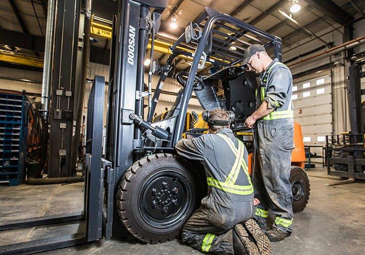 Buscamos 2 Electromecánicos de carretillas elevadoras en Kempen