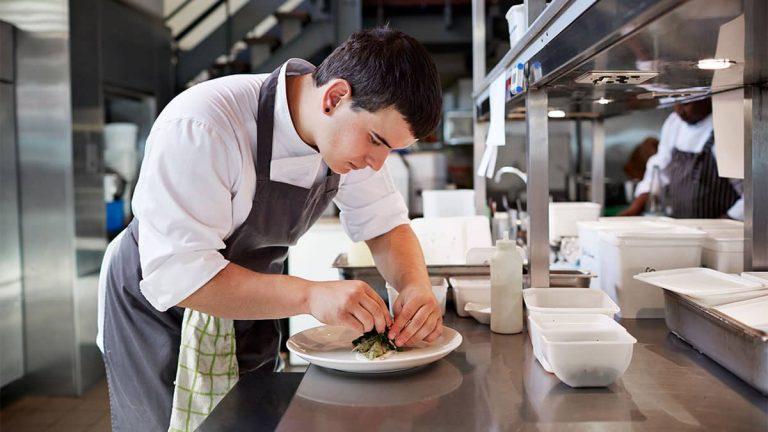 Buscamos 5 Ayudantes de Cocina en Sajonia, Alemania